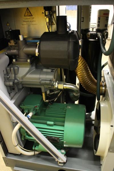 Screw Compressor Atlas Copco Ga 15 Vsd Ff Www Peltoc Com